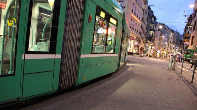 Bazylea z Berlina Schonefeld za 120 zł RT (easyJet)