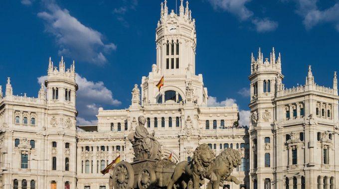 Tanie loty do Madrytu z Berlina w maju za 210 zł RT (Ryanair)