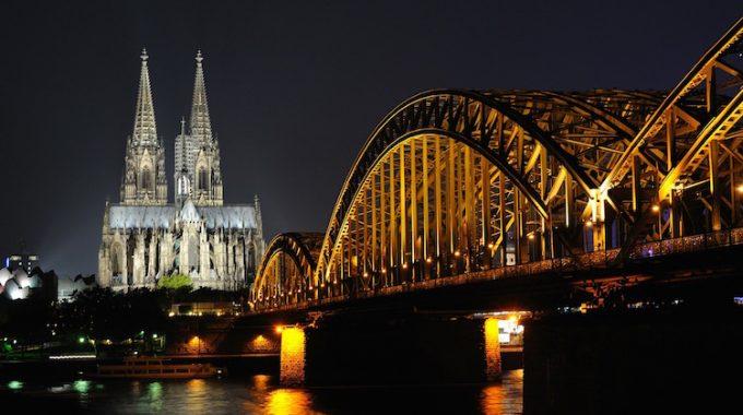Tanie loty z Berlina do Kolonii 42 zł za OW i 84 zł RT – 5x dziennie!  (Ryanair)