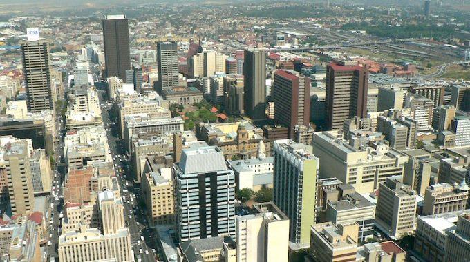Johannesburg (RPA) z Berlina za 1750 zł RT (Egypt Air)