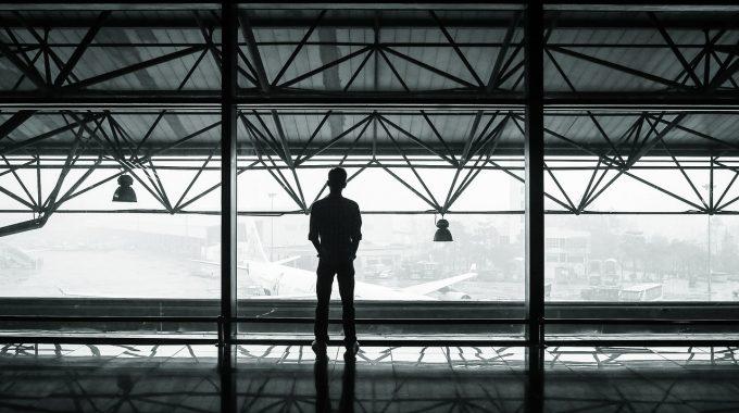 Jest szansa na loty Szczecin – Sztokholm. Rozmowa z Adrianem Bornowskim