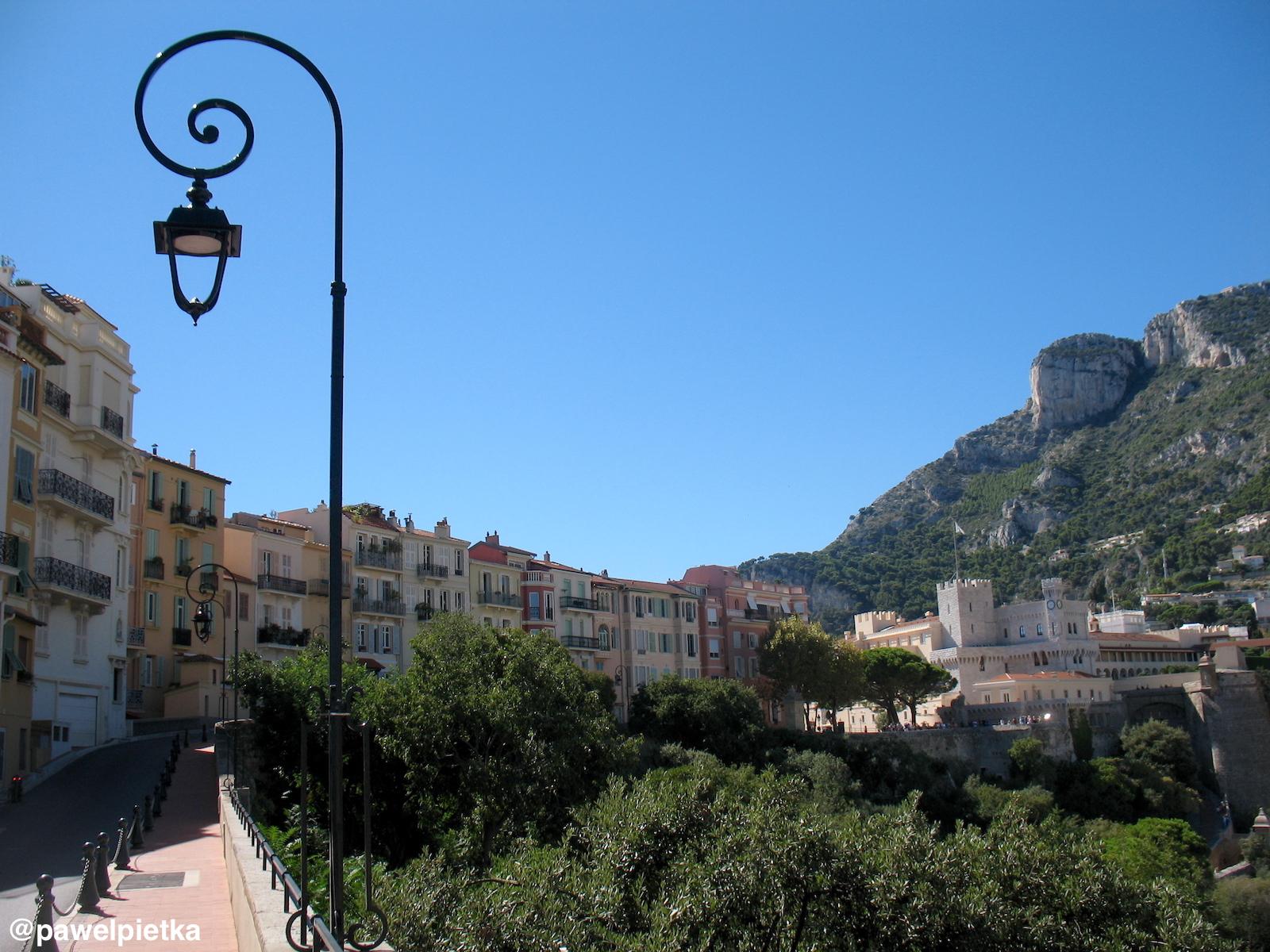 18 Monako kamienice Palac przestrzen