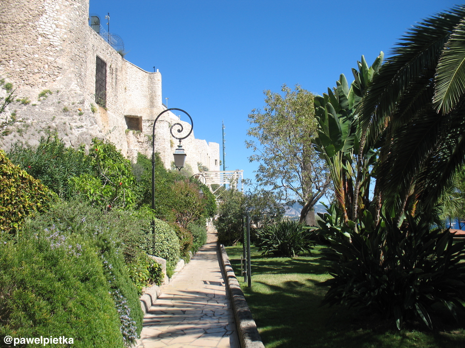 6 Monako ogrody i mury