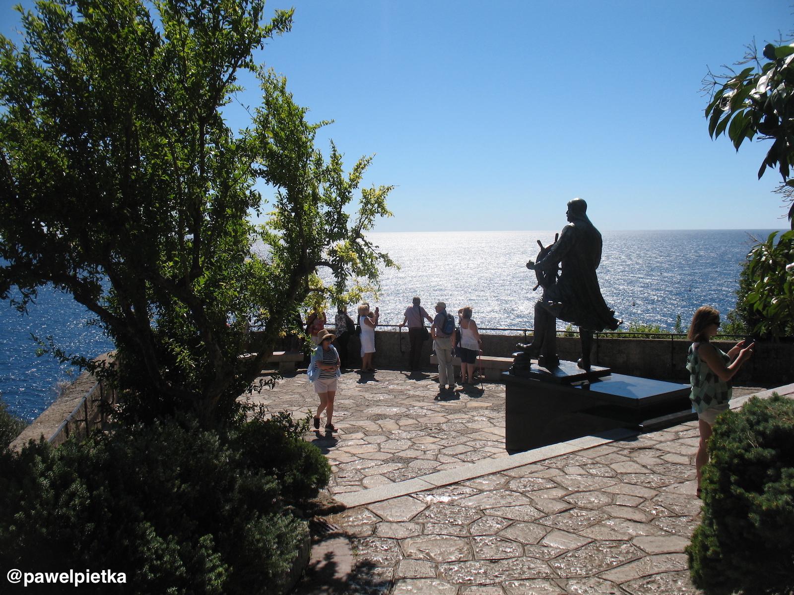 8 Monako Pomnik Albert I