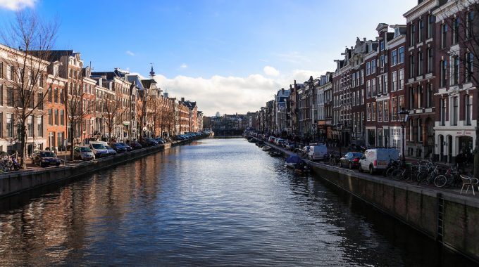Amsterdam na jeden dzień z Berlina za 120 zł RT (easyJet)
