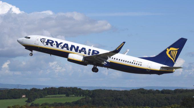 Ryanair: z Berlina do Rzeszowa, Lizbony, Sofii, Sewilli i na Kanary