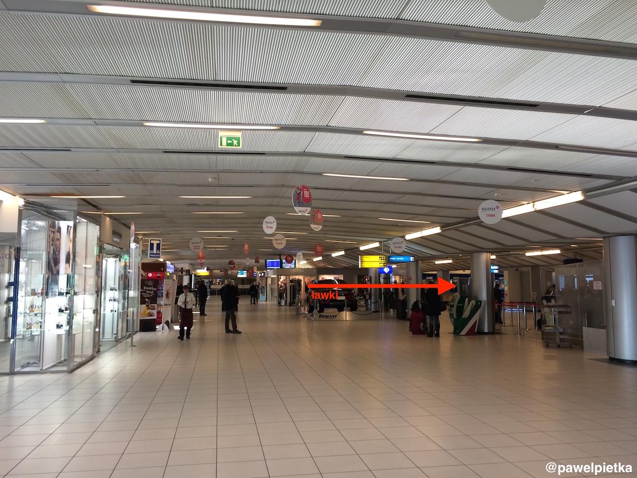 Wlochy Werona lotnisko Aerobus Verona Villafranca Airport 3a