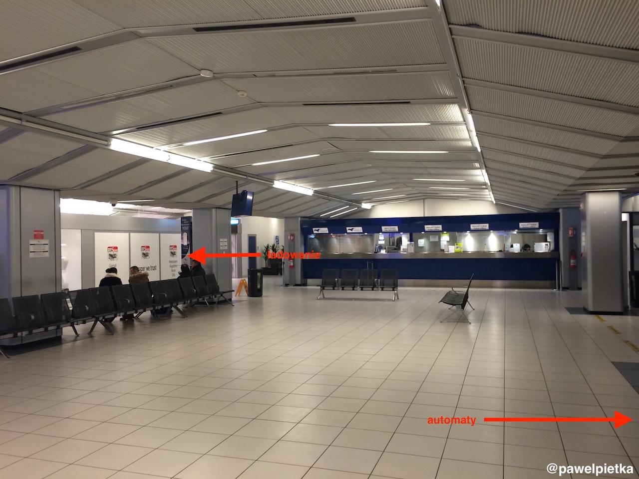 Wlochy Werona lotnisko Aerobus Verona Villafranca Airport 4